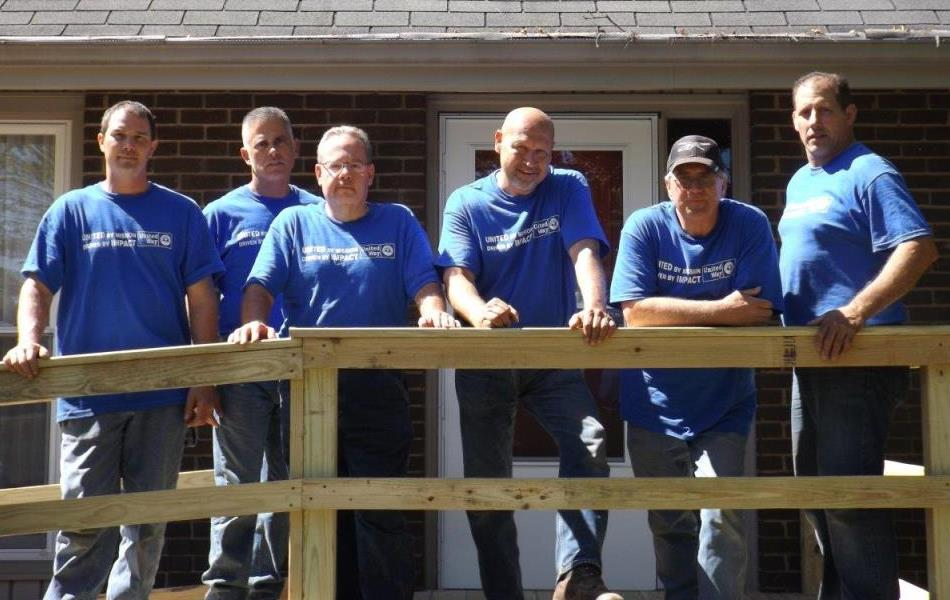 united way day of caring_group